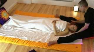 Repeat youtube video Ayurvedic massage with Maha Milan(Anastassia)2