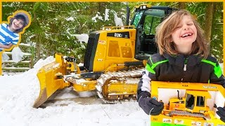 AXEL Operates REAL Construction Truck Cat DOZER + Bruder Bulldozer Unboxing