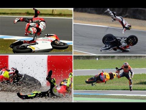 best of crash moto 2016 funny crash motorcycle youtube. Black Bedroom Furniture Sets. Home Design Ideas