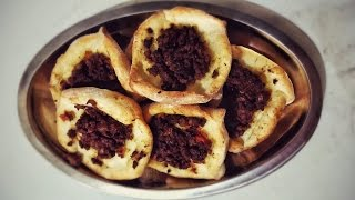 Simple recipe for pastry with lamb mince and tomato stuffing.