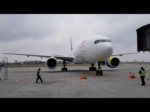 Перший Боїнг-777