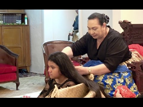 HRH Princess Salote Pilolevu - 'Ahome'e Hair Cutting - In ho