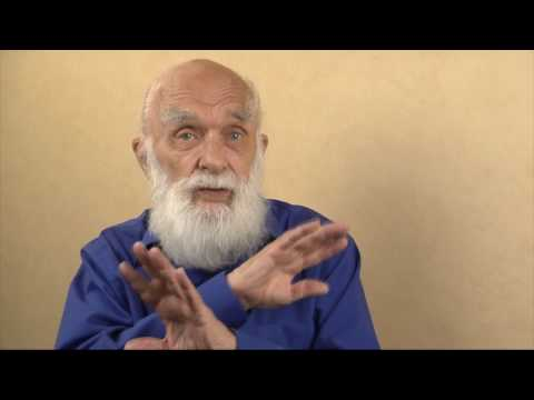 James Randi Speaks: Powered by Sunlight