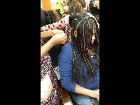 Authentic african hair braiding shop.( 817-422-931