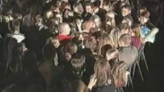 Мумий Тролль Лагутенко прыгнул в зал МУЗ ТВ 2003