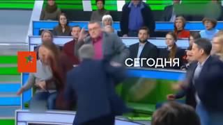 Как в России вместо популярного ток-шоу фильм для взрослых показали - Антизомби