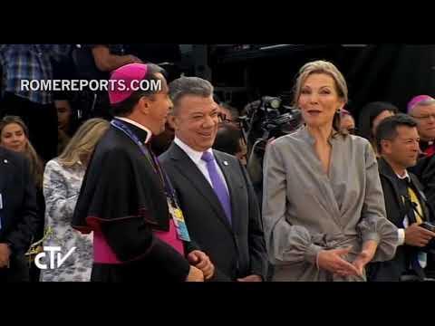 ¡El Papa Llega A Colombia Y Lo Reciben Con Una Grandiosa Bienvenida!