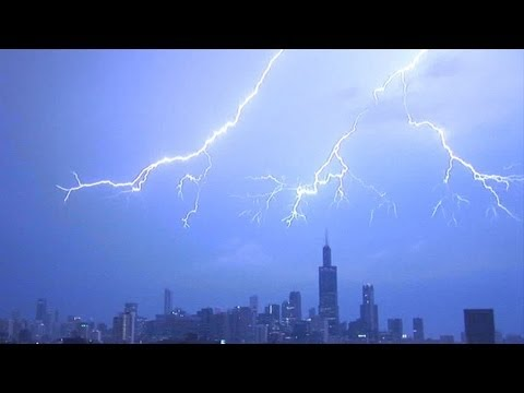 INTENSE LIGHTNING compilation in HD!  Biggest on the internet! 1080i high definition!