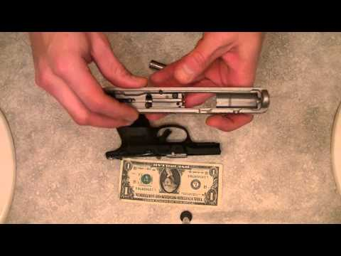 Ruger SR40C Field Strip takedown re assembly (FULL HD)