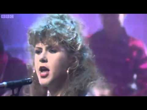 The Pogues Featuring Kirsty MacColl - Fairytale Of New York
