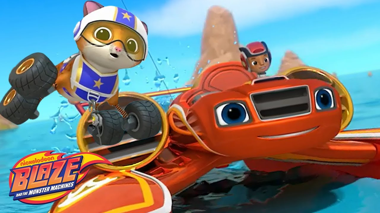 Speed Boat Blaze Flies With Stunt Kitty! | Blaze and the Monster Machines