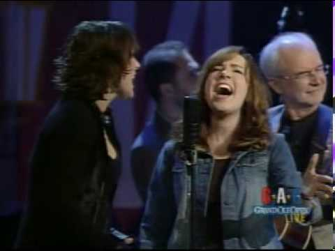 Rhonda Vincent and Rebecca Lynn Howard - The Angel's Rejoiced