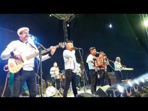 MEXIKOLOMBIA Cumbia sobre el rio / Alejate de Mi