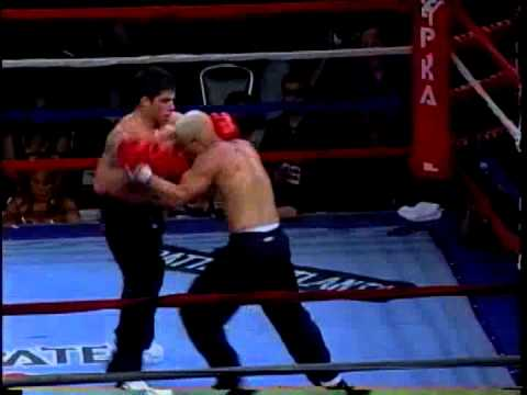 MMA Vs Point Karate Full Contact Kickboxing Raphael Asuncao Vs Manny Reyes Jr 2006 Battle Of Atlanta