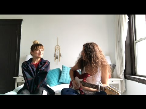 Electric - Alina Baraz ft. Khalid (cover by Noa Vlessing x Emilia Ali)