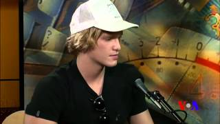 Border Crossings: Cody Simpson