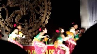 ayalathe veetile dance