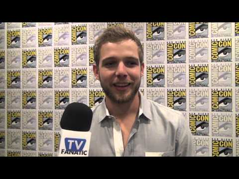 Max Thieriot Interview: On Playing the Bates Motel Brother