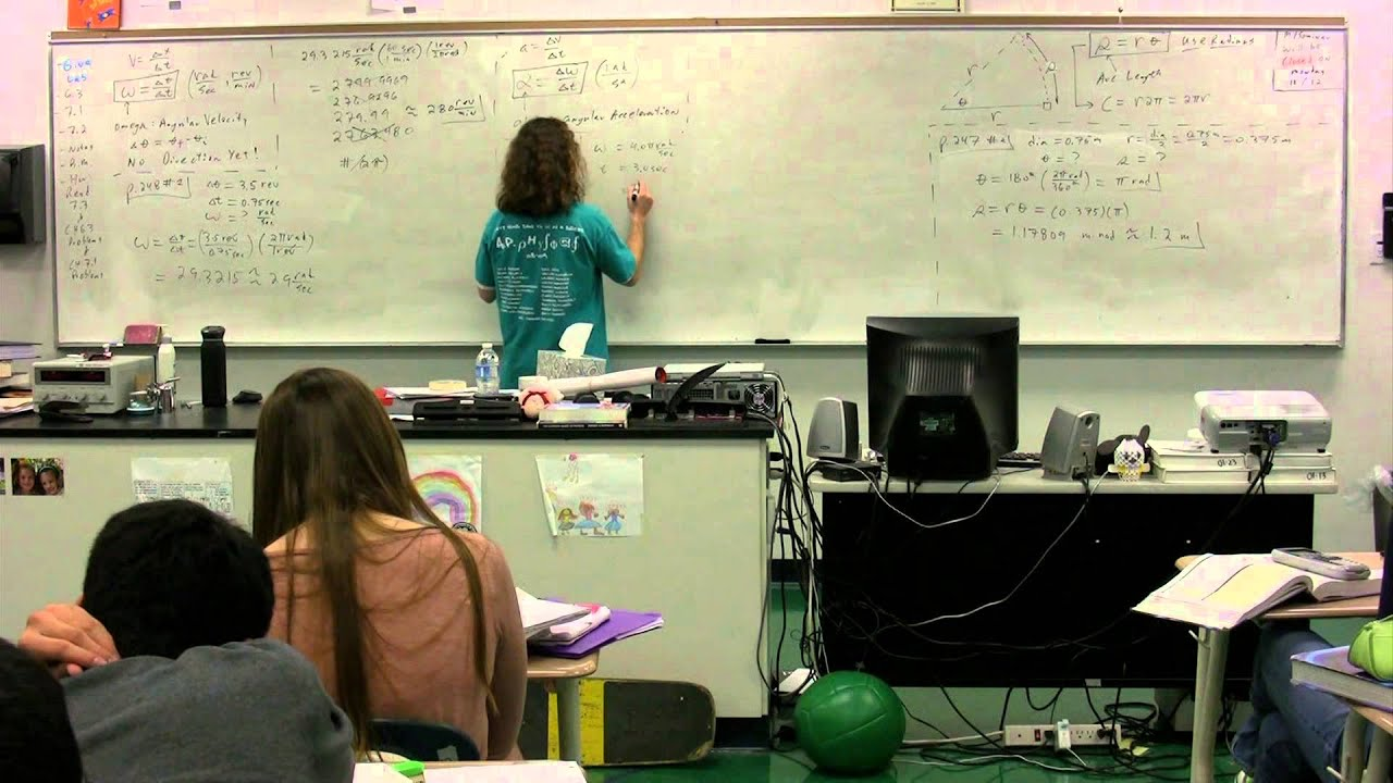 Is there a significant difference between algebra-based physics and calculus-based physics?