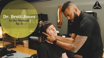 Chiropractic Neck Adjustment for Chemical Detox: In the Moment Ep. 2 w/ Dr. Brett Jones