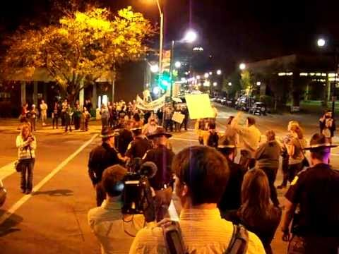 Iowa Independent reports: Occupy Des Moines 10-10-11 #5