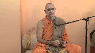 2009.06.20. Kirtan before Seminar by H.H. Bhaktividya Purna Swami - Riga, LATVIA
