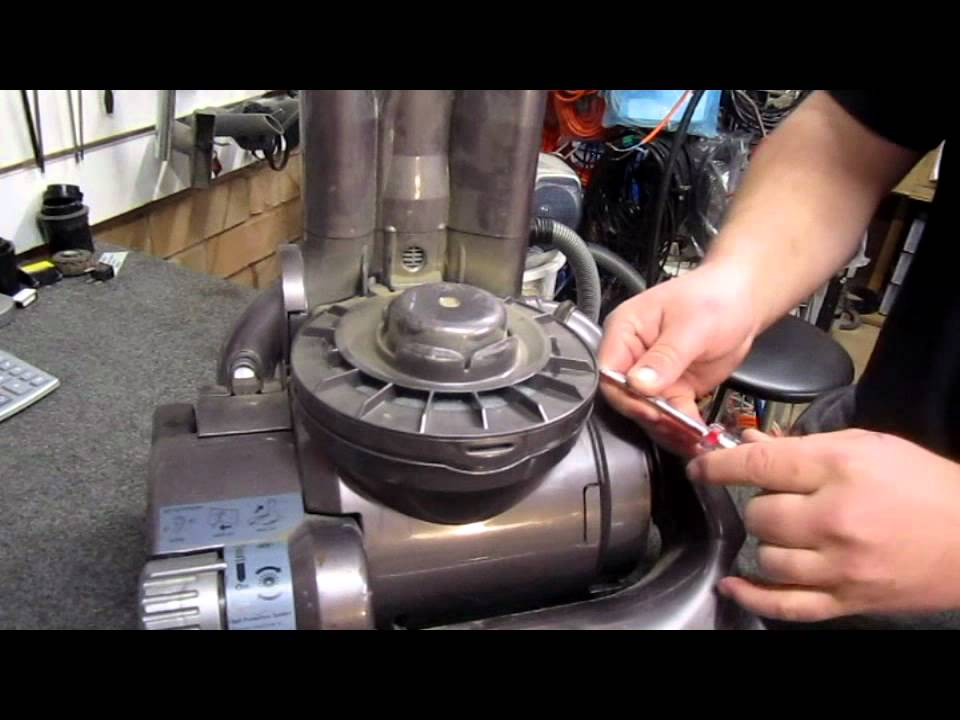 My Dyson DC14 Vacuum Cleaner has lost suction - Here\u0027s how to fix it