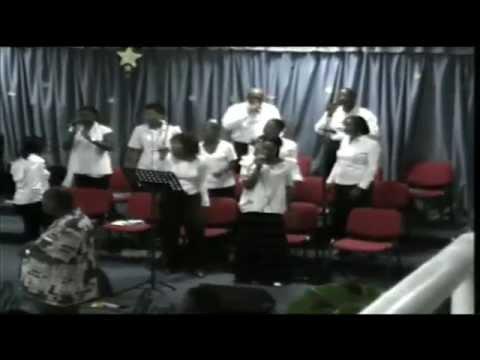 LOUANGE 2008 -- les chantres du christ