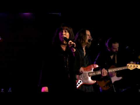 """JANIVA MAGNESS """" WHAT I COULD DO - SOME KIND OF LOVE """" THE WONDERBAR  04-21-2018"""