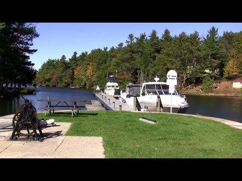 Fall Cruise on the Rideau Canal