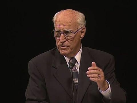 Robert J. Matthews, 2005 Ed Week - Joseph Smith Among the Prophets
