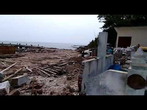 Makam Sayyid Mandalika Pulau Mandalika Jepara Jateng