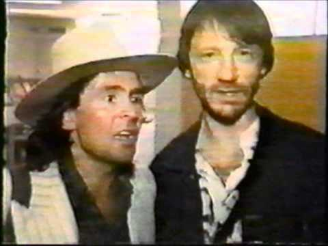 Davy Jones & Peter Tork - Gonna Buy Me A Dog (Live In Australia - 2/86) - The Sound Of The Monkees