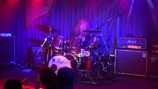 熊本のぺいあのPLUSでのファンキー末吉ひとりドラムの演奏 GOLDEN AGE音...