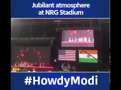 #HowdyModi Jubilant atmosphere at NRG Stadium, Houston USA