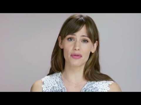 Jennifer Garner Kicks Off the #ChooseSkinHealth Movement | NEUTROGENA®