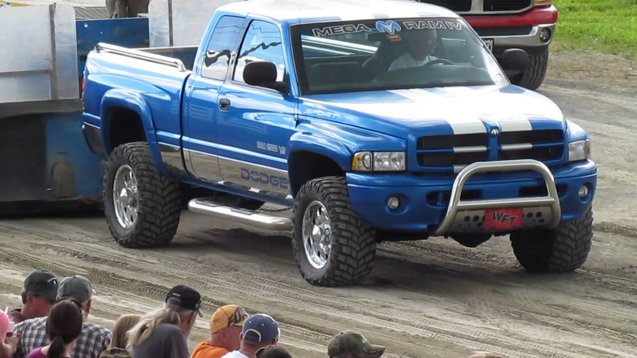 2000 V10 Magnum Supercharged Dodge Ram 2500 Truck Pull - YouTube