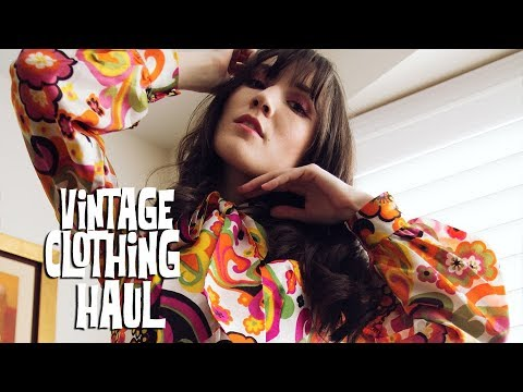 Vintage Clothing Haul - 60's Fashion | Carolina Pinglo