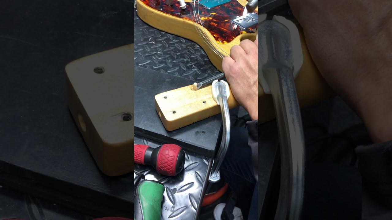 【川越のT.S.G.楽器店】1970年代製造のGrecoのSGタイプのメンテナンス!