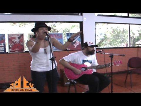 Tanah Airku - Melanie Subono Feat. Coky Netral (Acoustic Cover) @ FIB UI