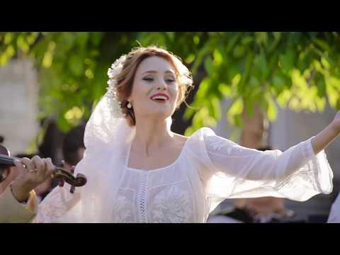 Emilia Dorobanțu si Orchestra Lautarii - Când pisica nu-i acasă