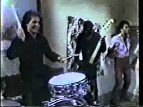 I Can Play That Rock and Roll Joe Walsh - Yahoo! Video Search.flv