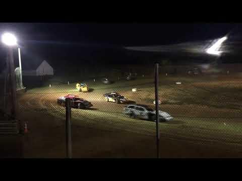 9-29-2018 35 Raceway Modified Feature