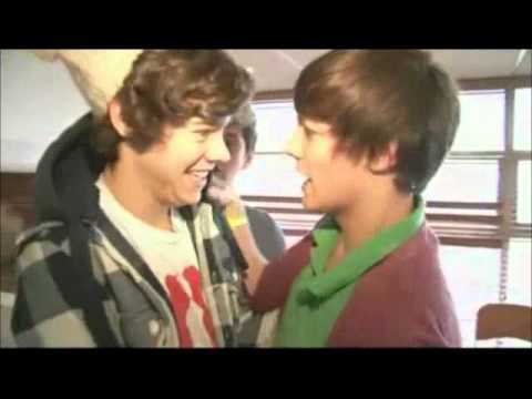 momentos graciosos de one direction Videos De Viajes
