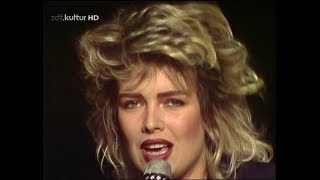 Download Kim Wilde You Keep Me Hangin' On Na sowas! MP3 song and Music Video