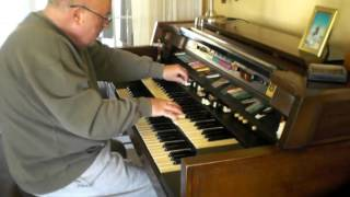 "Mike Reed plays ""East of the Sun"" on the Hammond Organ"