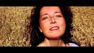 Stéphanie Blanche - Qu'est-ce que j'aime ça (clip officiel)