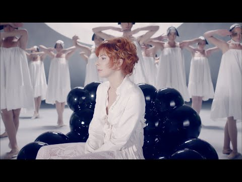 Клип Mylène Farmer - Lonely Lisa