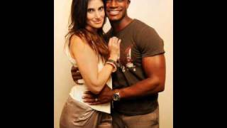 Watch Idina Menzel So Beautiful video