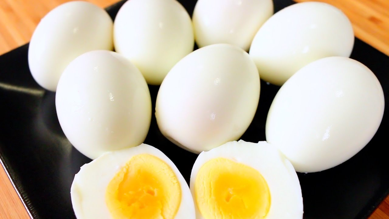How To Make Perfect Hardboiled Eggs  How To Boil And Peel Eggs  Easy Way  To Boil And Peel Eggs